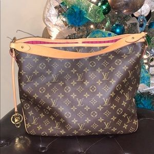 Authentic Louis Vuitton delightful MM